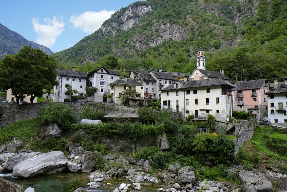 Val Verzasca, Lavertezzo