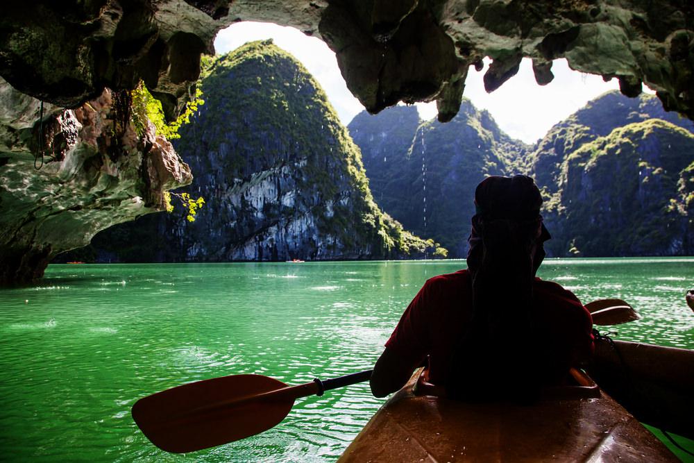 Baia di Ha Long, kayak