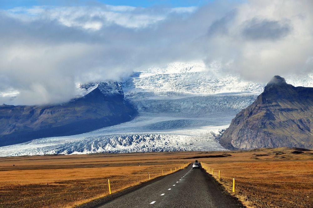 Vatnajökull, il suggestivo percorso per raggiungere il ghiacciaio