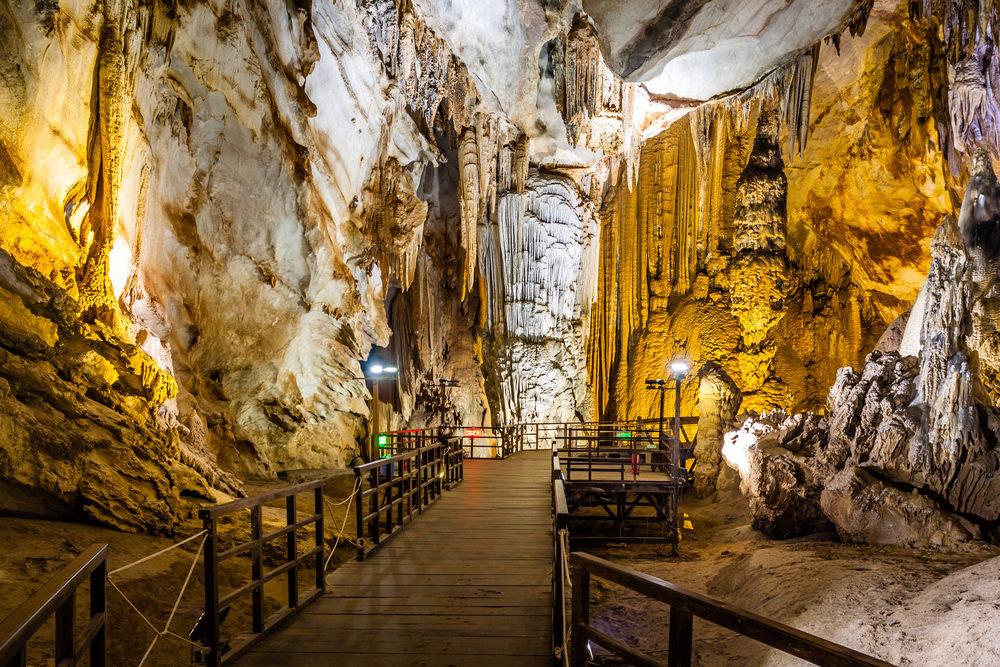 Grotte di Phong Nha, Vietnam
