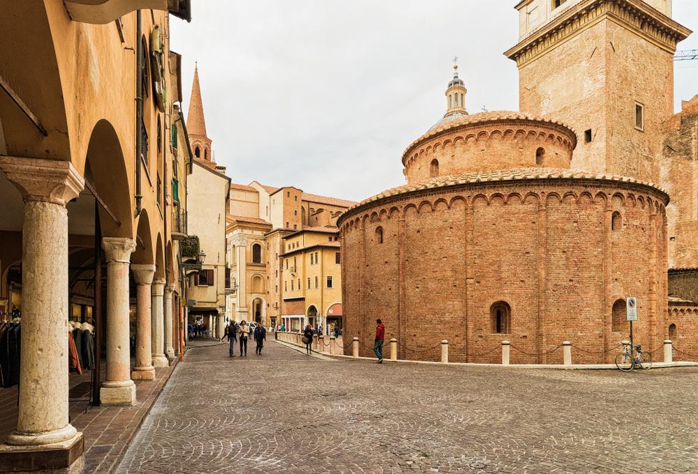 Rotonda San Lorenzo, Mantova